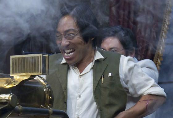 ガトリングガンを撃つ武田観柳