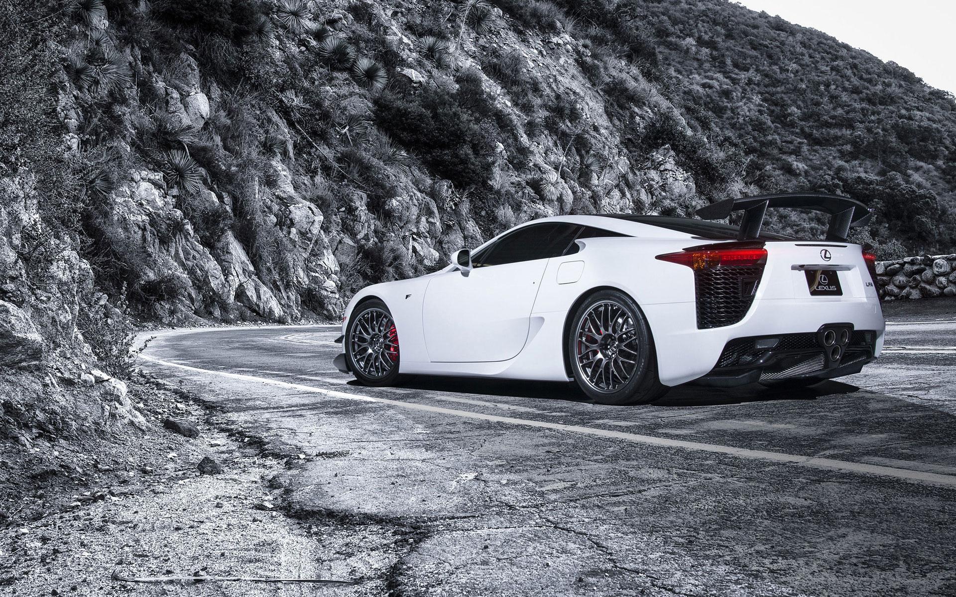 Toyota Lexus LFA white color wallpaper
